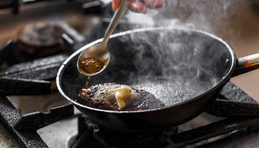 Besser Braten und Fettspritzer vermeiden? Mein Test mit Lachs, Steak und Gemüse!