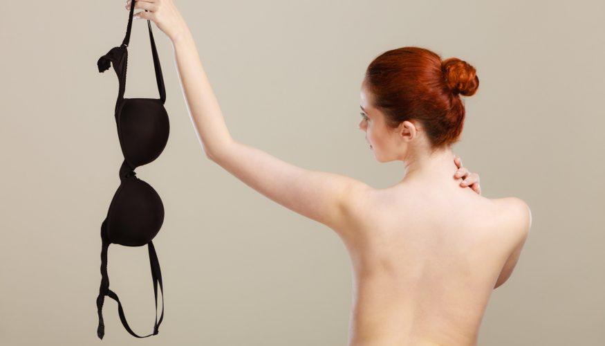 Können Brüste ohne BH ausleiern?