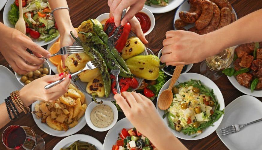 Fünf kleine Mahlzeiten am Tag – Besser als drei große?