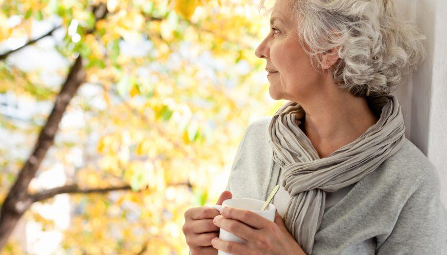 Graue Haare – Bekommt man sie zwangsläufig wenn man alt wird?