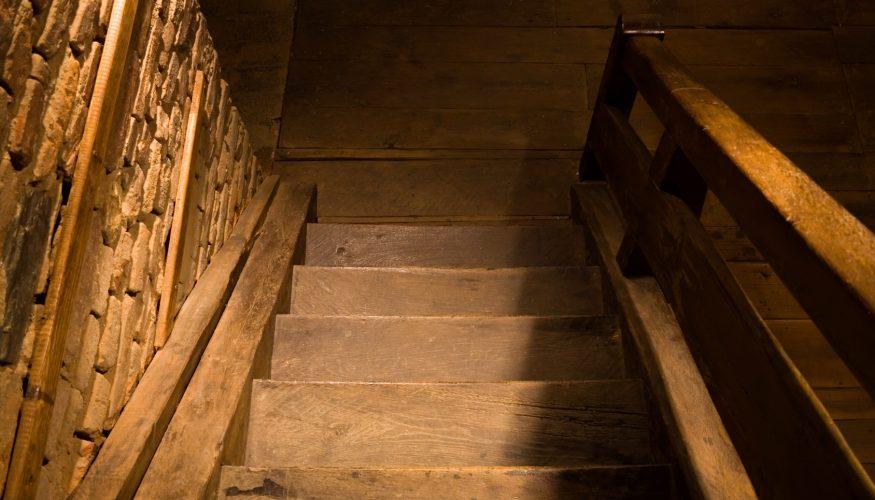 Kellertreppe rutschfest streichen
