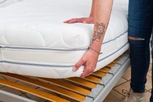 matratze reinigen - 4 tipps & tricks! - haushaltstipps.net - Matratze Reinigen Hausmittel Tipps