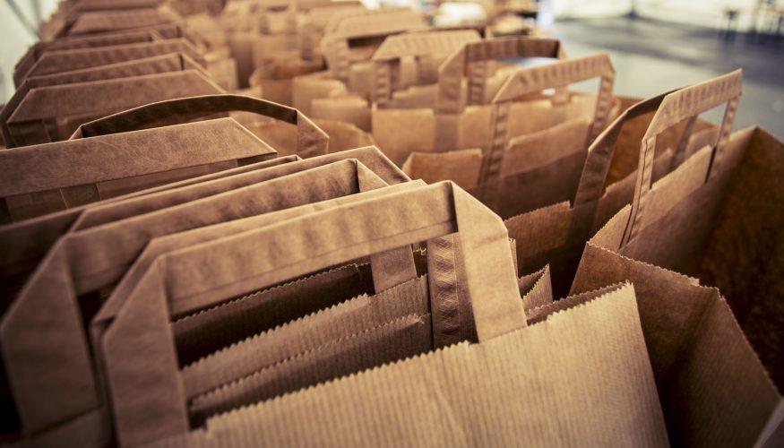 Sind Papiertüten ökologischer als Plastikbeutel?