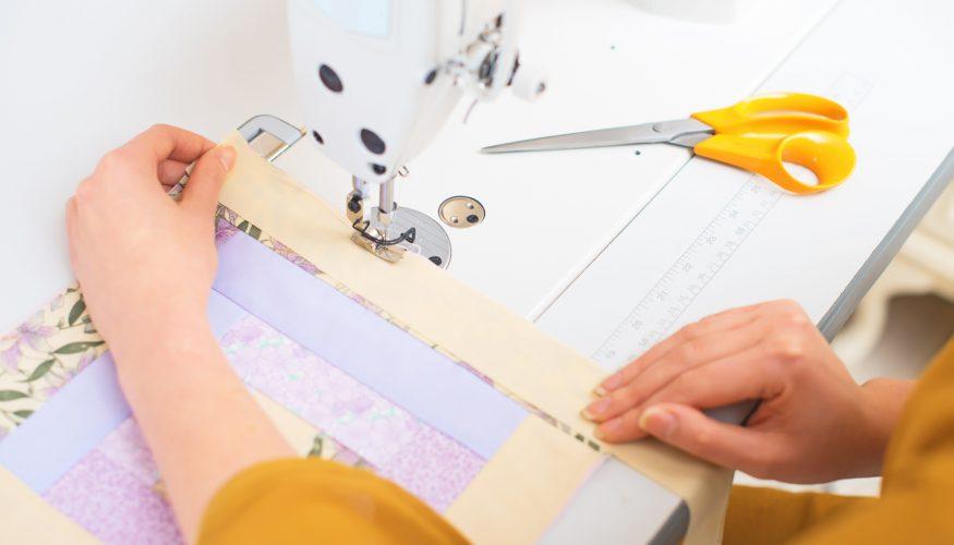 Selbst schneidern – Mit der richtigen Nähmaschine klappt's