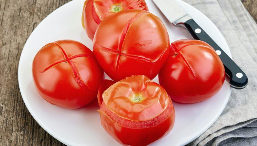tomaten und paprika sch len so geht 39 s. Black Bedroom Furniture Sets. Home Design Ideas