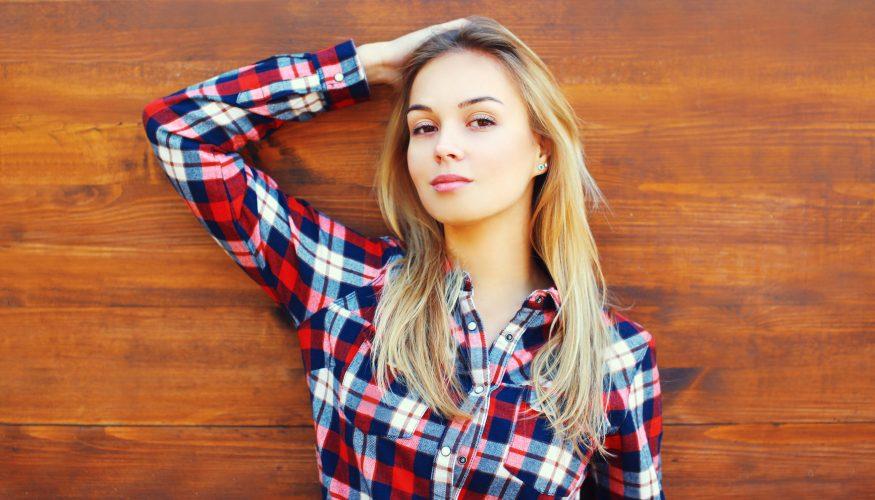100 Bürstenstriche täglich – Optimale Pflege für's Haar?