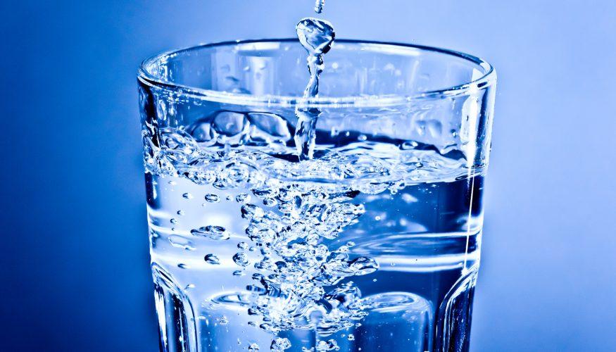 Wasser aus Flaschen – Besser als Wasser aus der Leitung?
