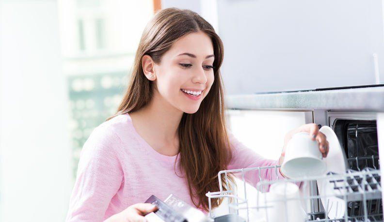 Beim Geschirrspülen sparen – 3 Tipps