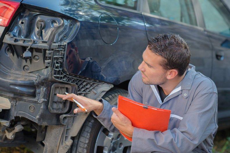 Geld für Reparaturen zurücklegen – 4 Tipps
