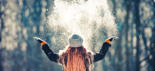 Schneespray entfernen: Drei Tipps für saubere Fenster