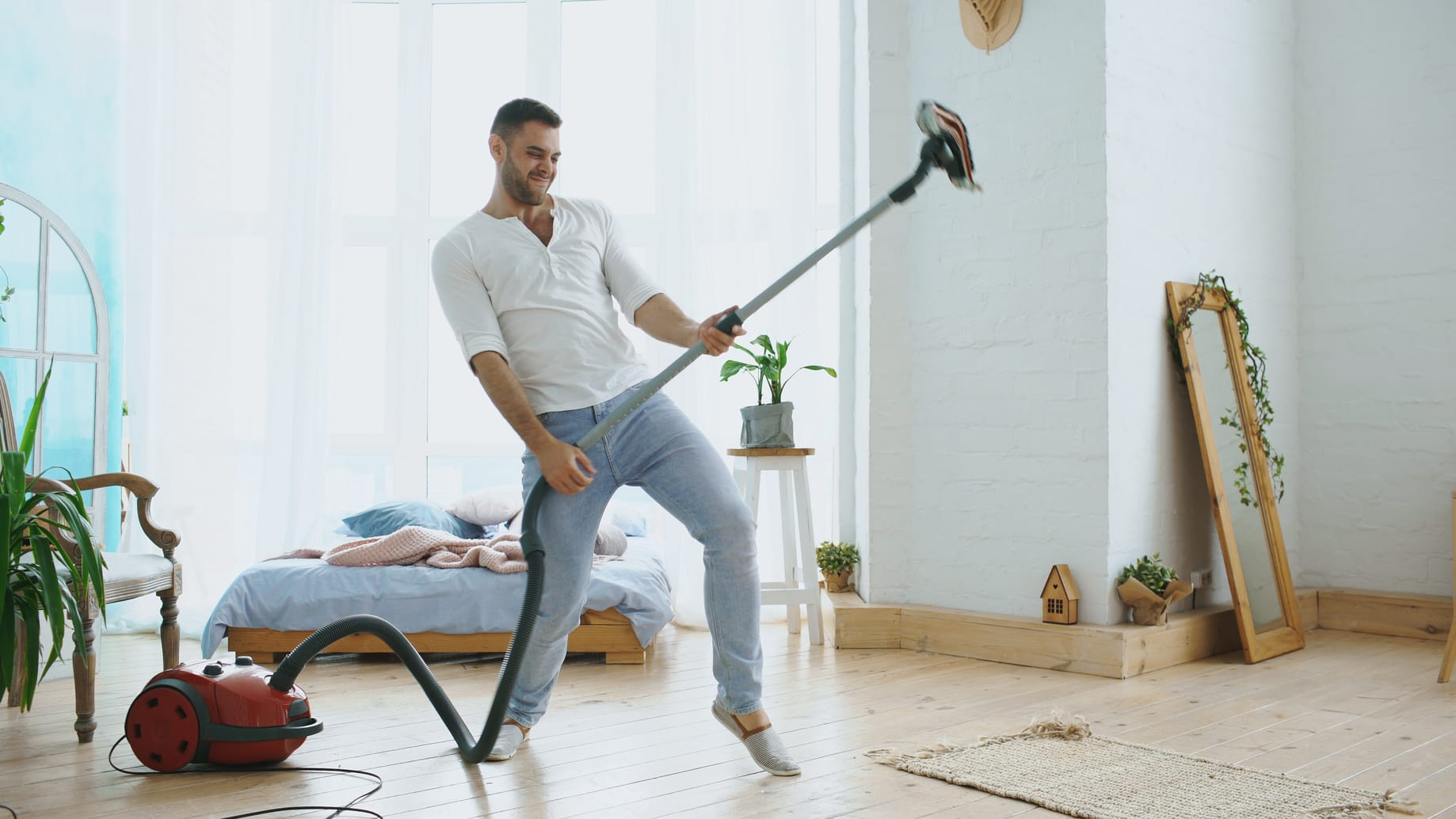 staubsauger mit beutel test die besten modelle f r 2019. Black Bedroom Furniture Sets. Home Design Ideas