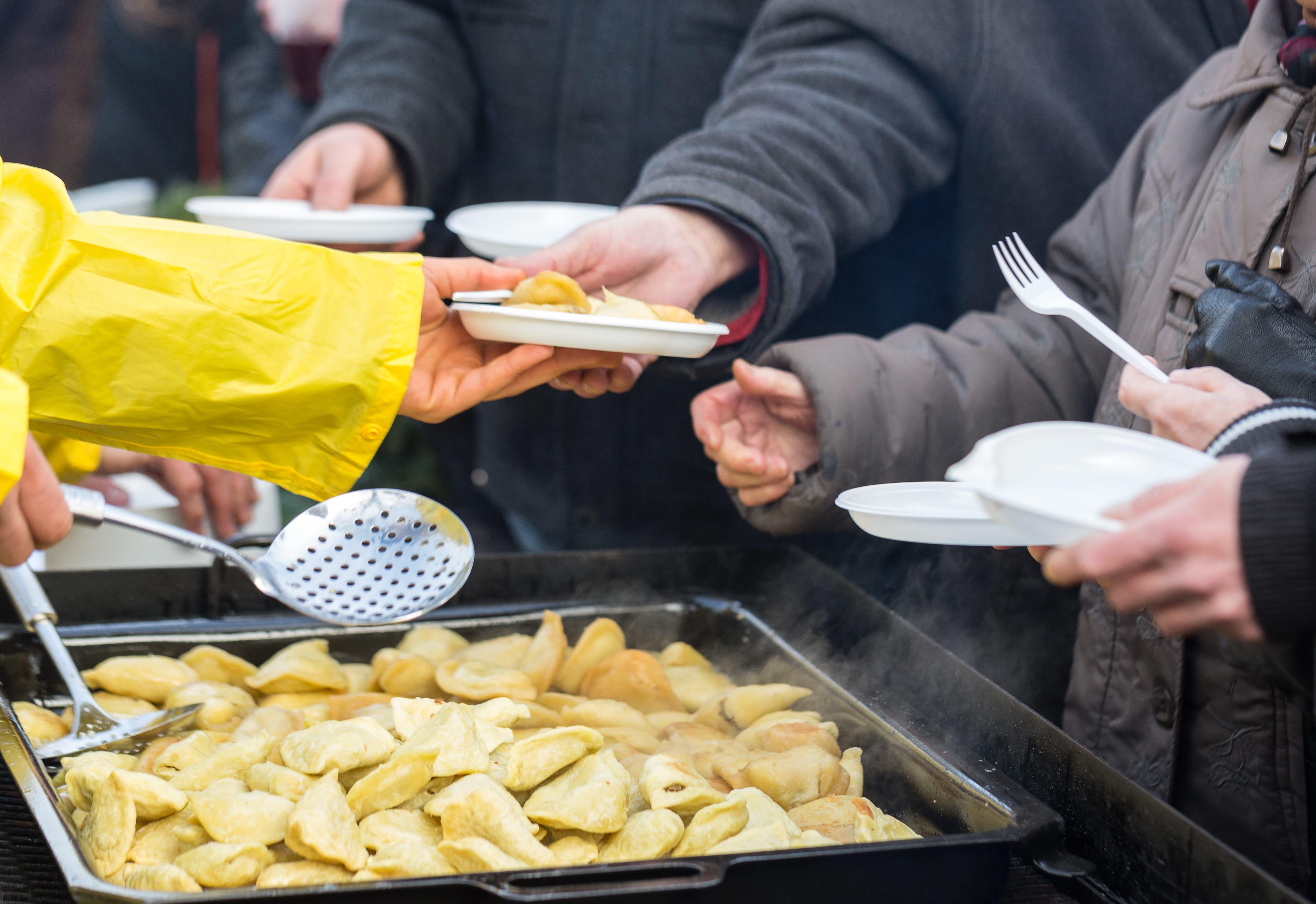 Abgelaufenes Essen für die Tafel spenden