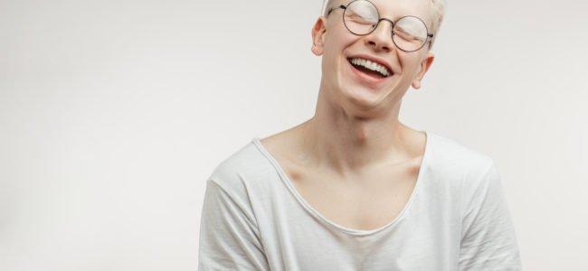 Albino-Augen: Was ist Albinismus und sind die Augen wirklich rot?