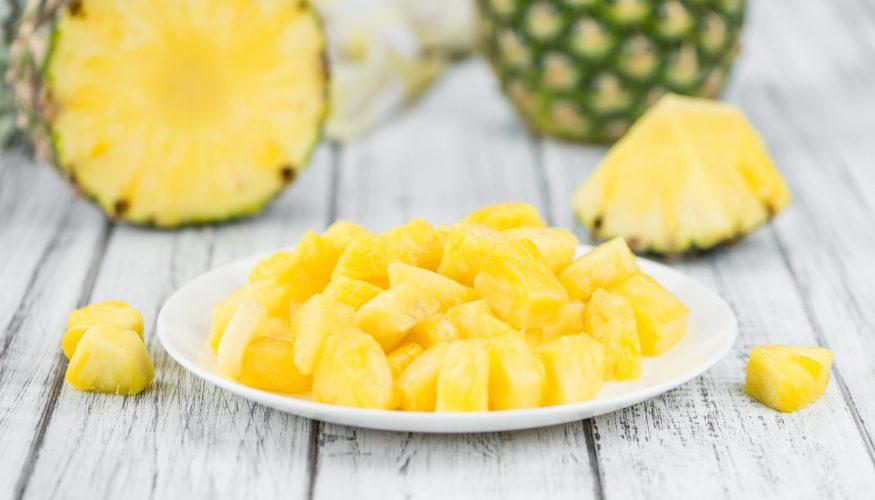Ananas schneiden – So klappt es am besten