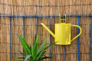 bambusmatten als sichtschutz auf dem balkon