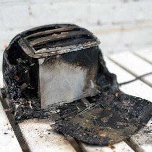 verbrannter toaster