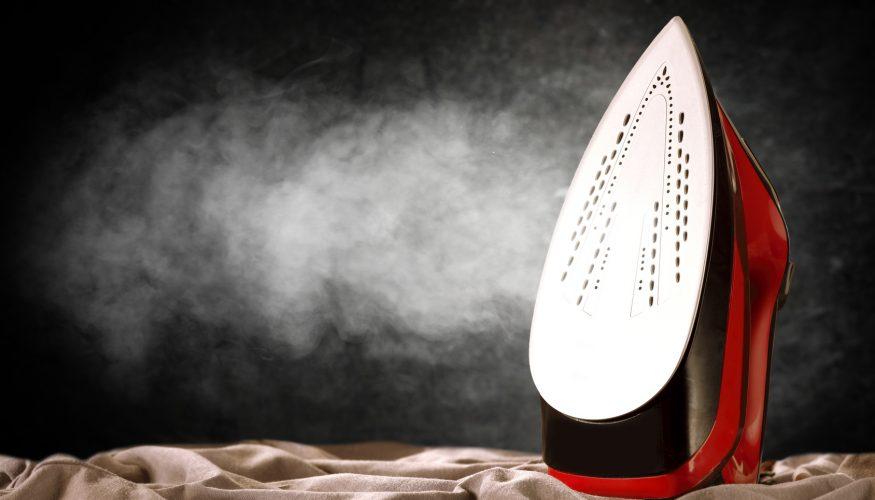Bügeleisen reinigen – 6 Tipps