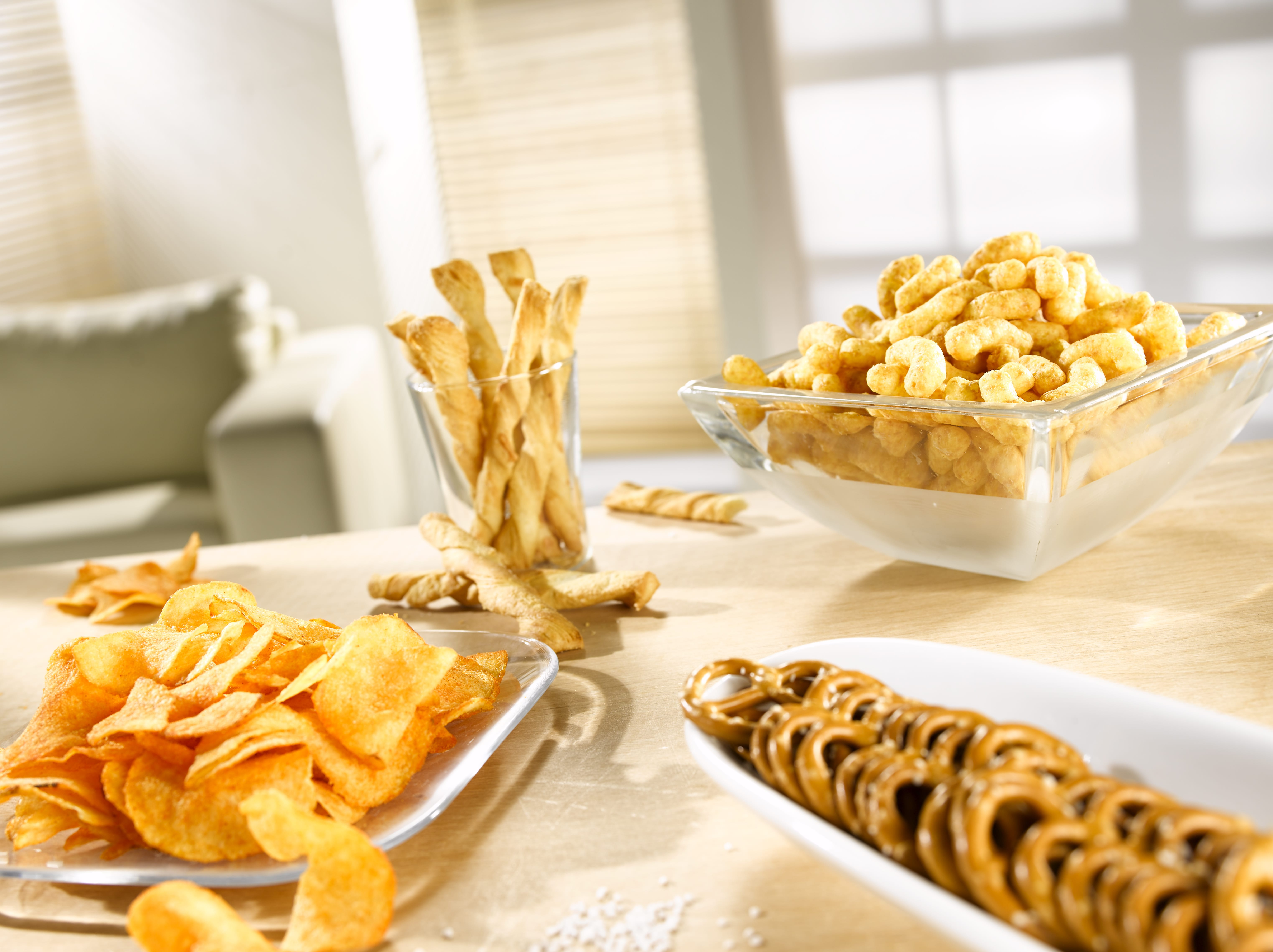 Chips & Salzstangen – So werden sie wieder knusprig