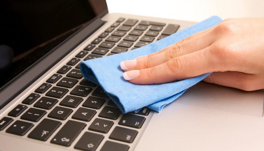 Computertastatur reinigen – Schritt für Schritt Anleitung