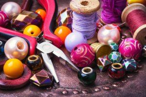 materialien zum basteln mit perlen