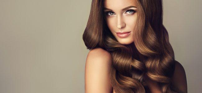 Dickere Haare bekommen: Diese Methoden sorgen für dichtes Haar
