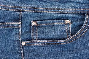Tasche einer Jeans im Close Up