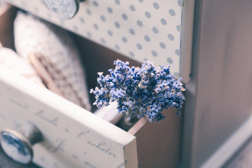 frischer duft im schrank 3 tolle tipps. Black Bedroom Furniture Sets. Home Design Ideas