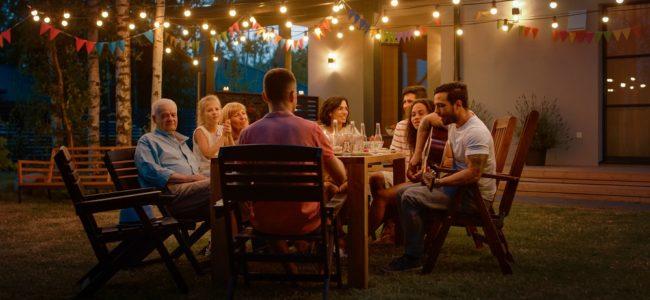 Gartenparty Ideen: So gelingen Barbecue und Sommerfest