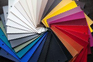 gefaerbtes leder in unterschiedlichen farben