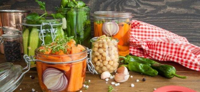 Anleitung: Gemüse selbst fermentieren und natürlich haltbar machen