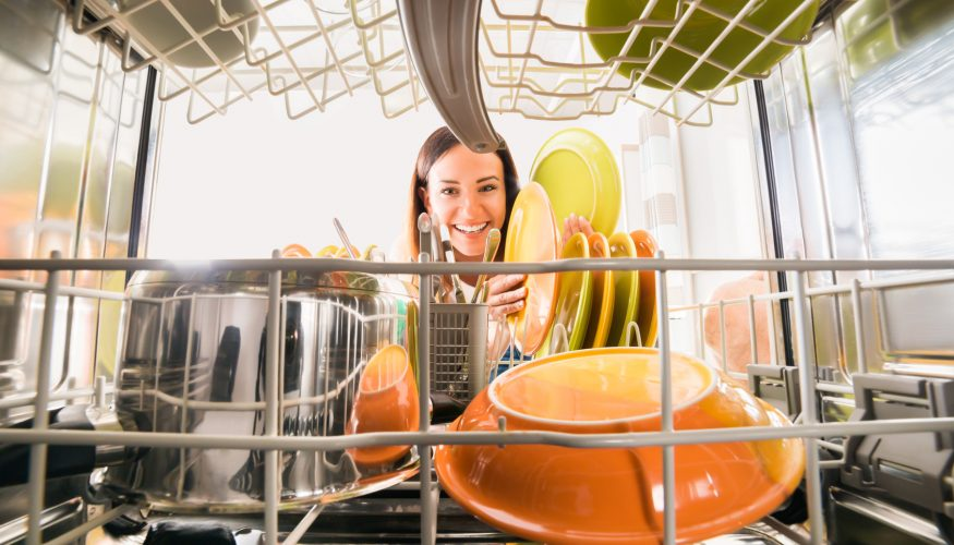 Geschirrspüler effektiver nutzen – 5 Tipps & Tricks