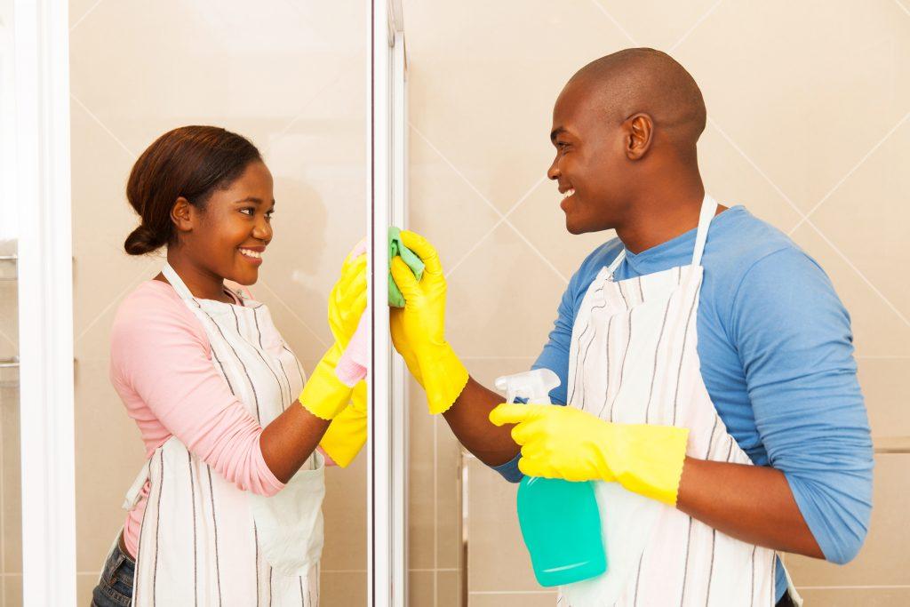 Glasdusche reinigen 7 tipps die helfen - Duschwand reinigen ...