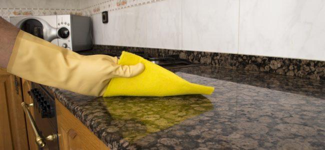 Granit reinigen: Granitoberflächen innen und außen säubern und pflegen