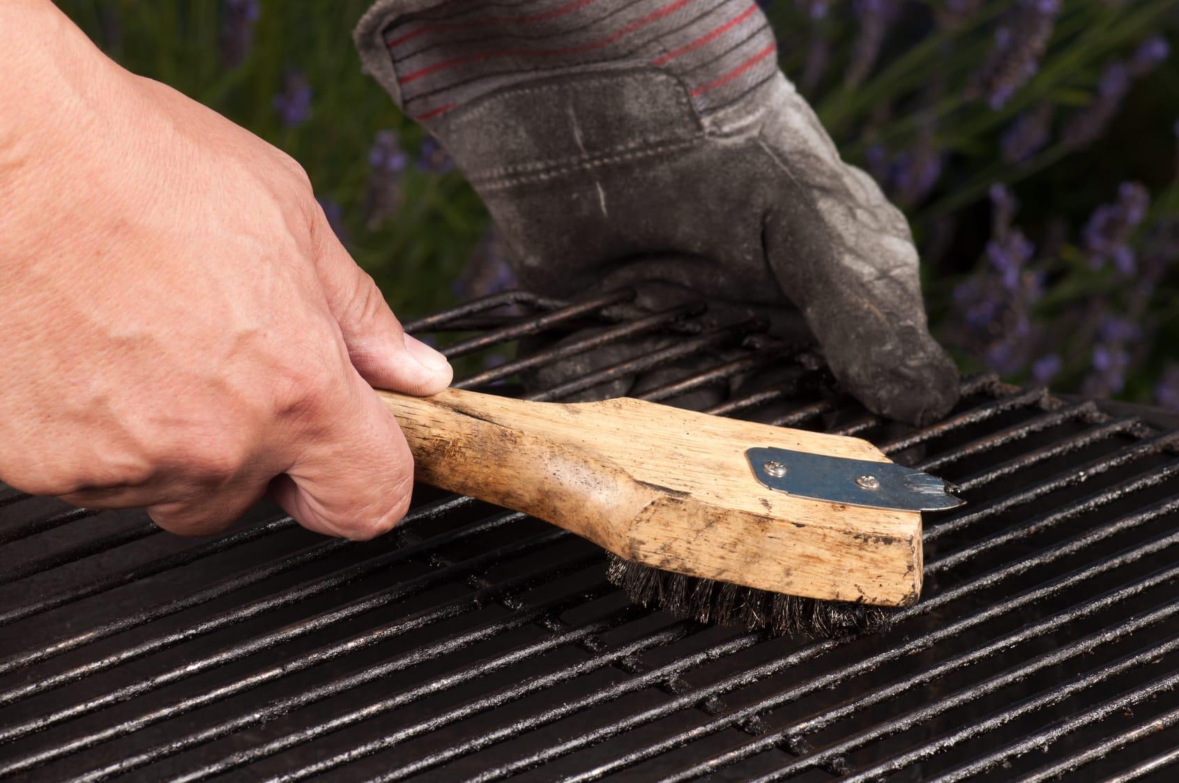 Grillrost reinigen – 7 Tipps