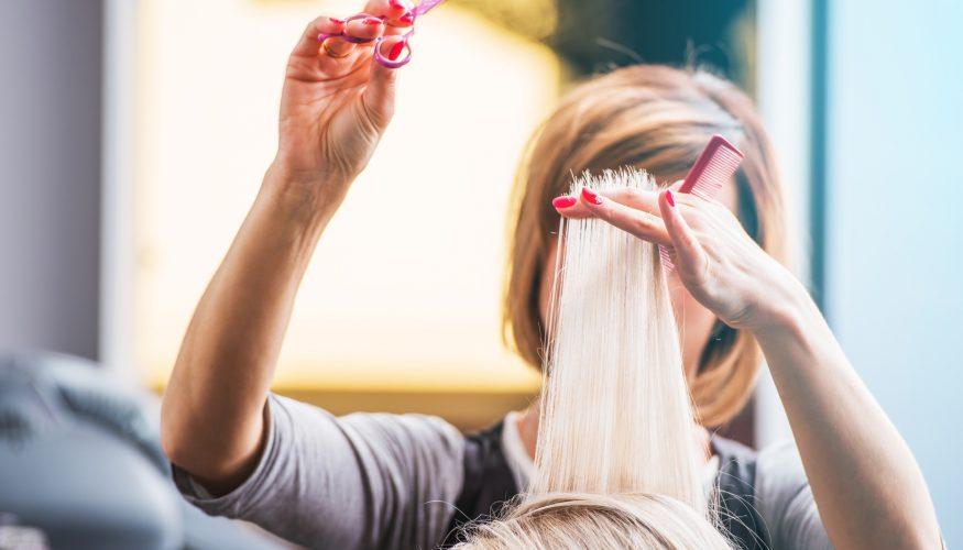 Wachsen Haare schneller wenn man sie regelmäßig schneidet?