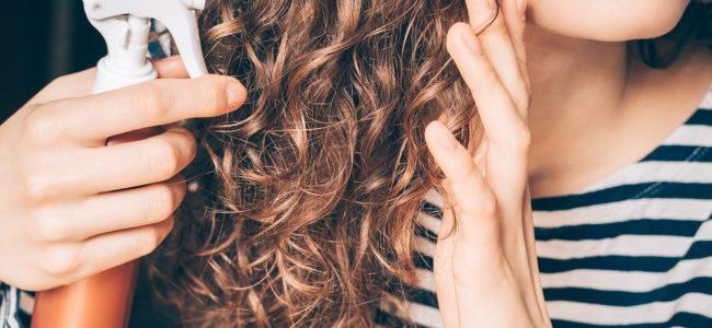 Haarspray selber machen: Tipps zu Herstellung und Haltbarkeit
