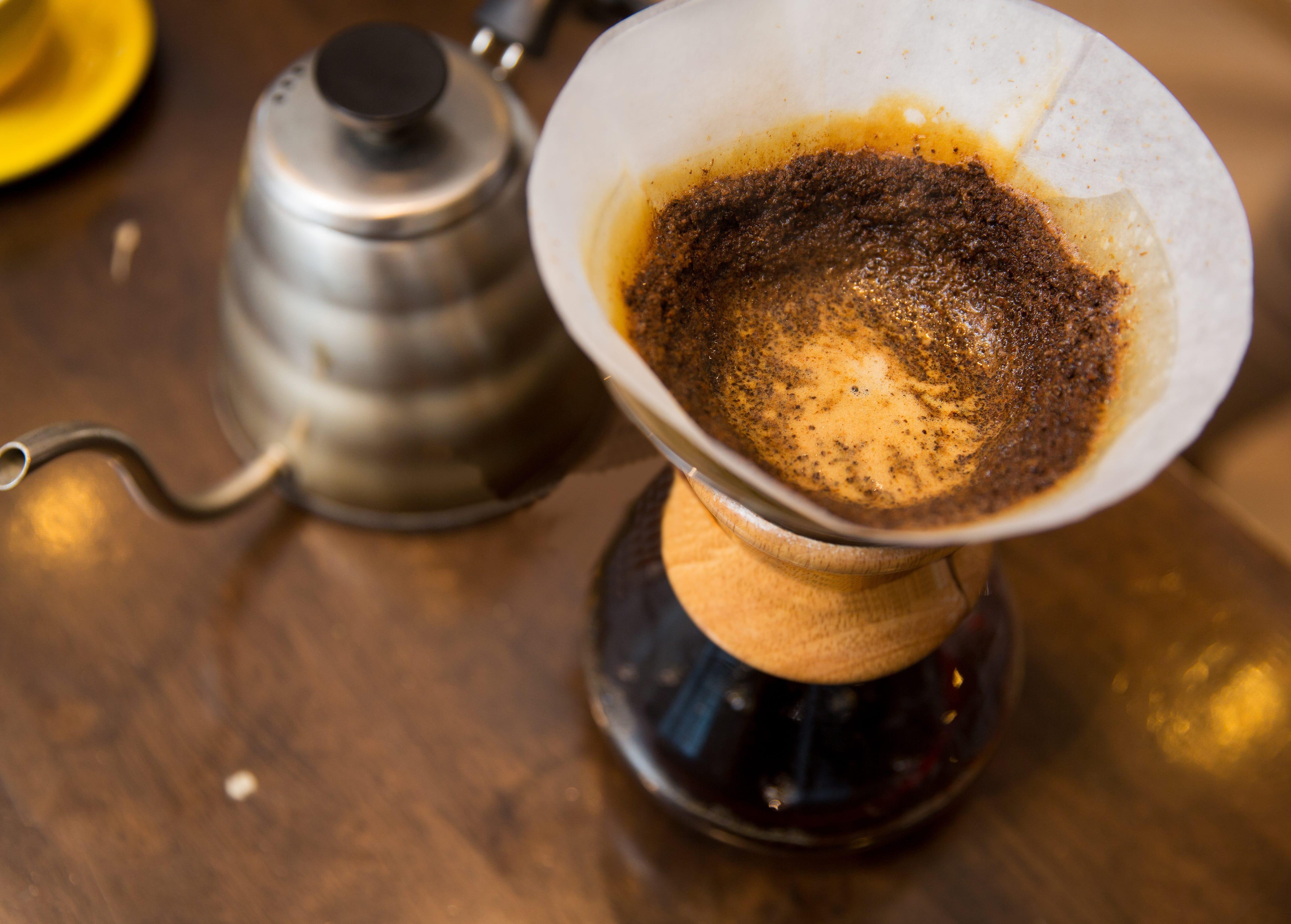 Handgefilterter Kaffee – So bereiten Sie ihn zu