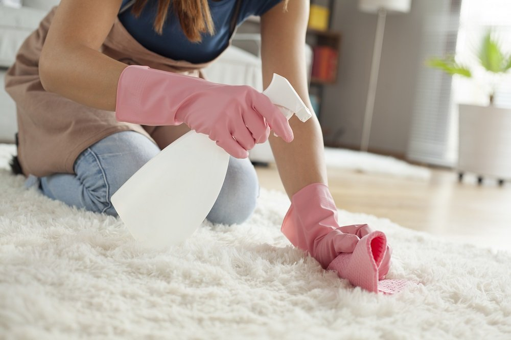 Hochflor-Teppich Selbst Reinigen: Tipps & Hausmittel