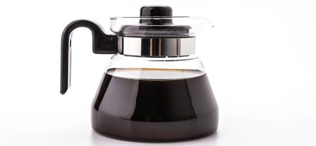 Kaffeekanne reinigen: So entfernen Sie Ablagerungen und Kalk