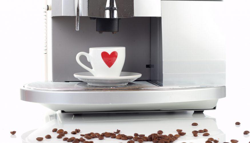Kaffeevollautomat entkalken – 8 Tipps & Tricks
