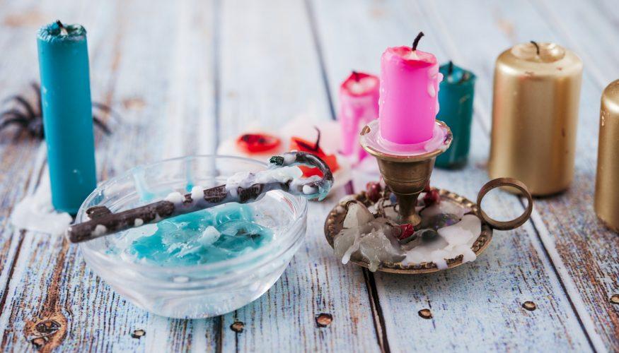 Wachsflecken entfernen – 7 Tipps & Tricks!