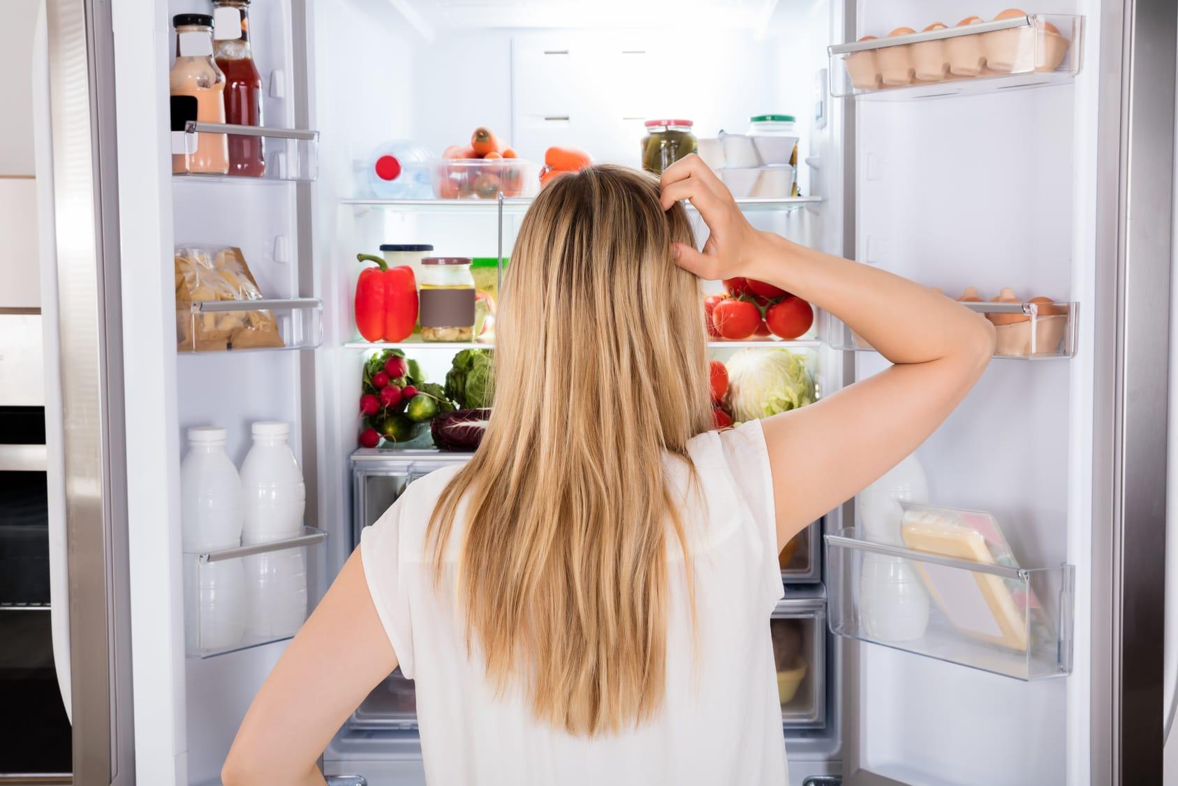Der Kühlschrank stinkt – 4 Tipps & Tricks