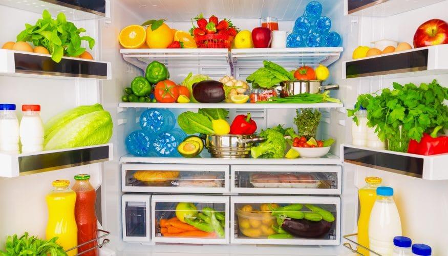Lebensmittel im Kühlschrank lagern – Oben ist es wesentlich wärmer