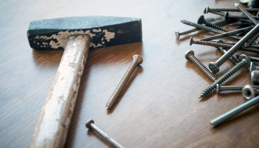 Lockeren Hammer reparieren