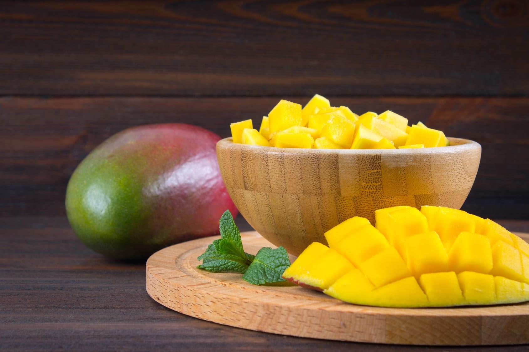 Mango schneiden leicht gemacht – 2 Methoden Schritt für Schritt