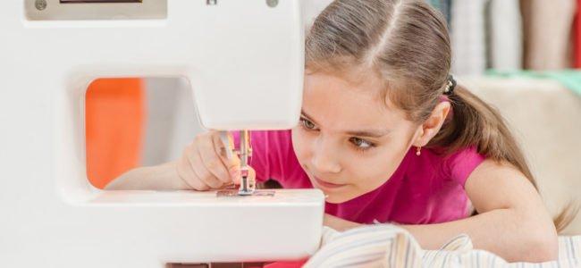 Nähen mit Kindern: Ideen, Tipps zur Sicherheit und einfache Anleitung