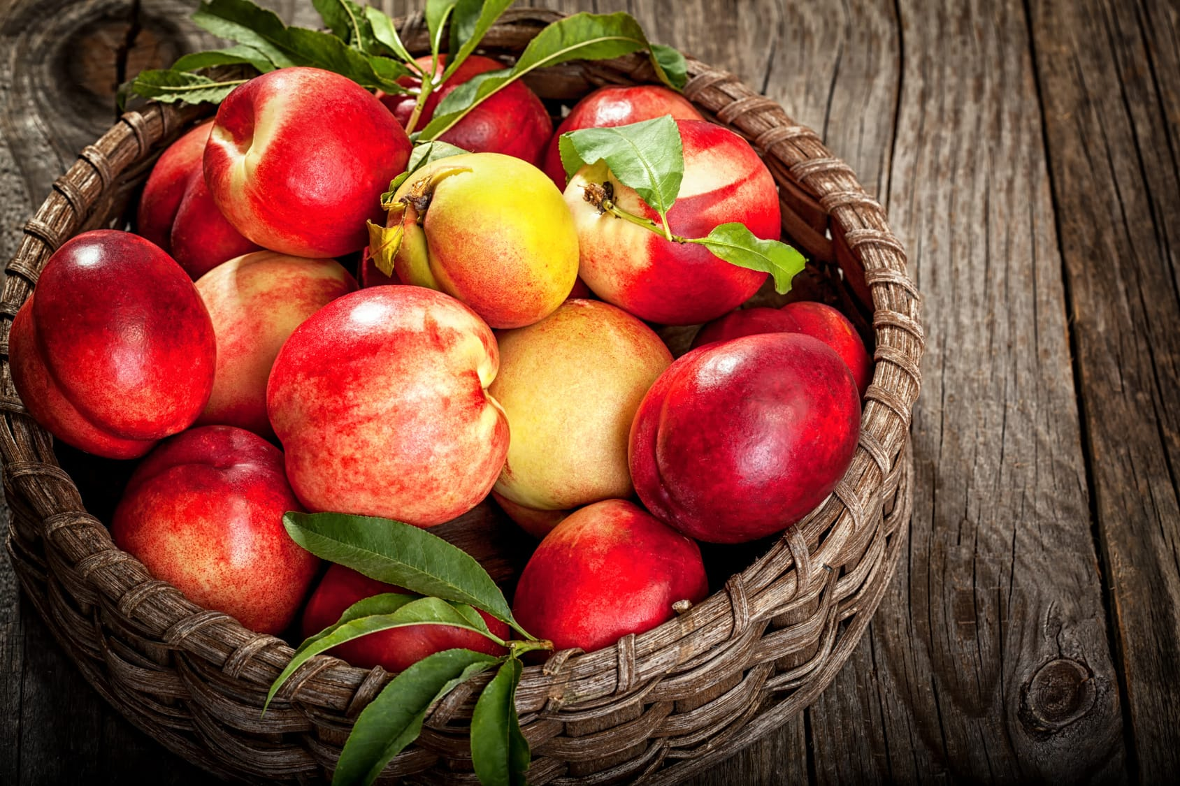 Nektarine – Kreuzung aus Pfirsich und Aprikose?