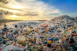 berge aus plastik