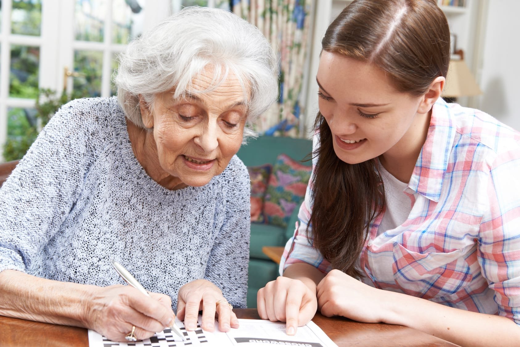 Kreuzworträtsel lösen – Demenz länger hinauszögern