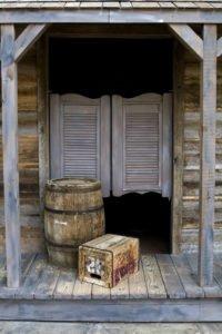 Saloontür für Cowboyparty